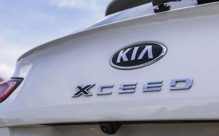 Test Kia XCeed PHEV: Od pantáty vedou dráty…