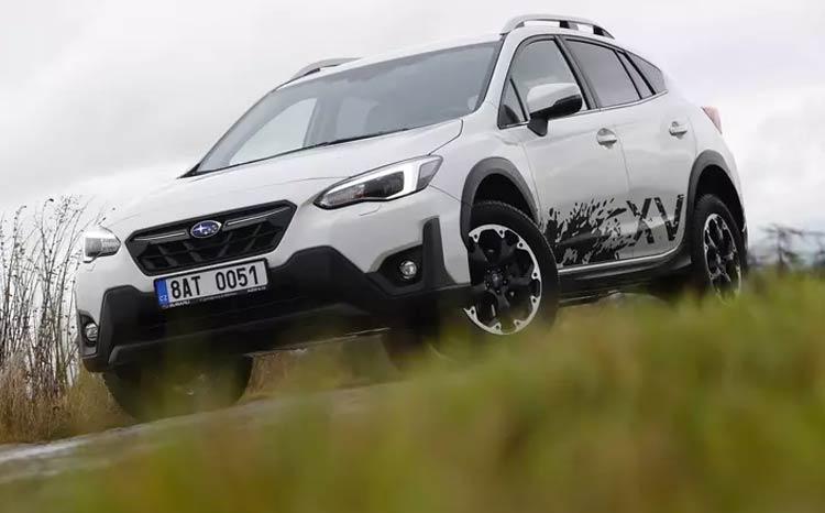 Test Subaru XV e-Boxer: Mimo asfalt umí, ale nestojí málo