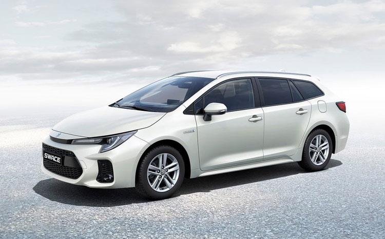 Suzuki se po 20 letech vrací ke kombi. Swace je další převlečená Toyota